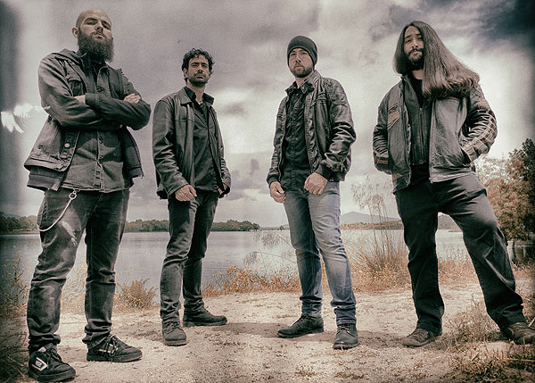 Detalles del álbum debut de SUN OF THE DYING