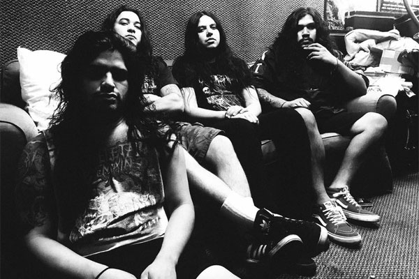 SKELETAL REMAINS fichan por Dark Descent Records